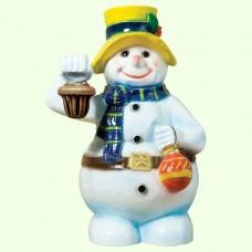 Новогодняя скульптура Снеговик