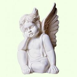 Садовая скульптура Ангелок мечтающий