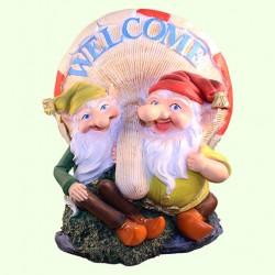 Садовая скульптура Два гнома с грибом