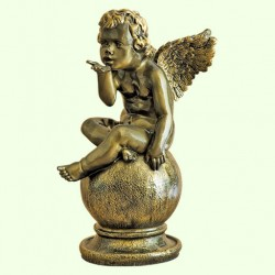 Садовая скульптура Играющий ангел