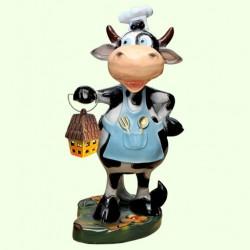 Садовая скульптура Корова повар с фонарем