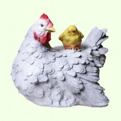 Садовая скульптура Курица с цыпленком