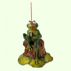 Садовая скульптура Лягушка рыбак