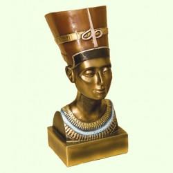 Садовая скульптура Нефертити