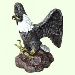 Садовая скульптура Орел