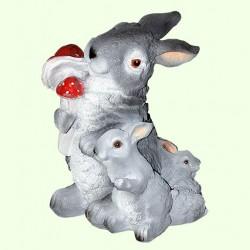 Садовая скульптура Три зайца