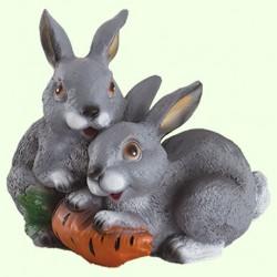 Садовая скульптура Зайцы с морковкой