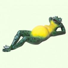 Садовая скульптура Жаба на отдыхе